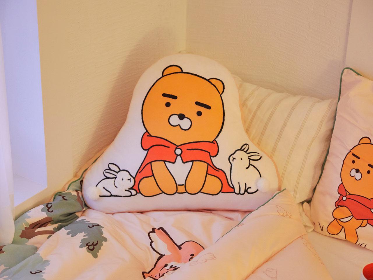 Kakao Friends ryan攬枕