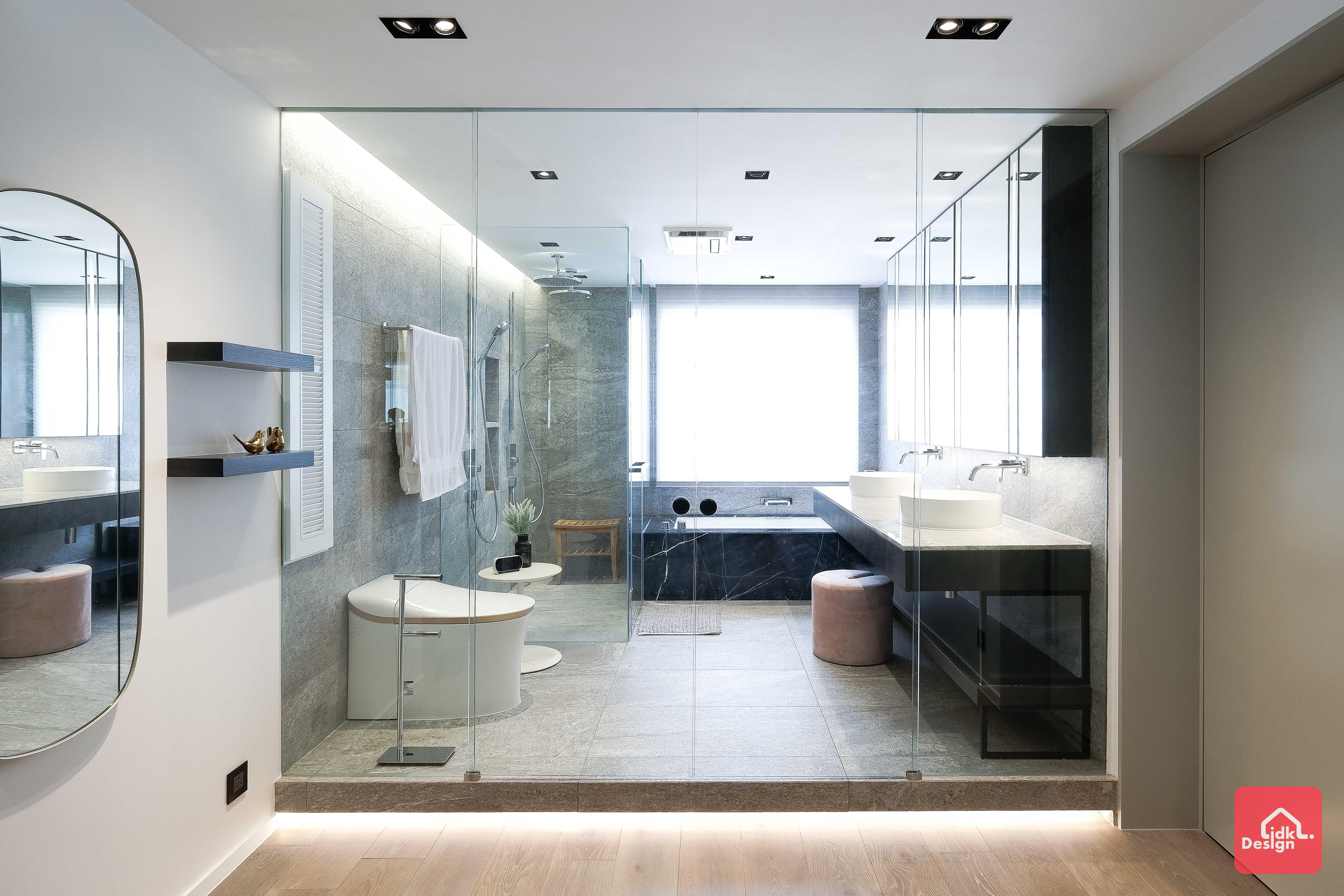 玻璃間隔浴室
