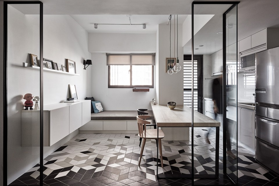 16-07-Small-Simple-Elegant-Apartment-Taichung-by-Z-AXIS--960x641