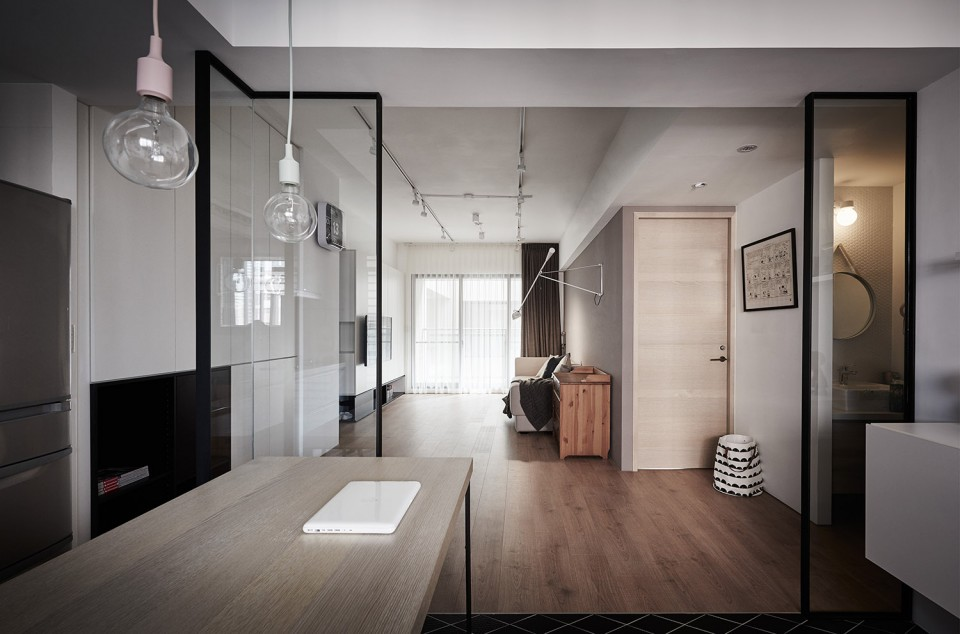 16-10-Small-Simple-Elegant-Apartment-Taichung-by-Z-AXIS--960x634