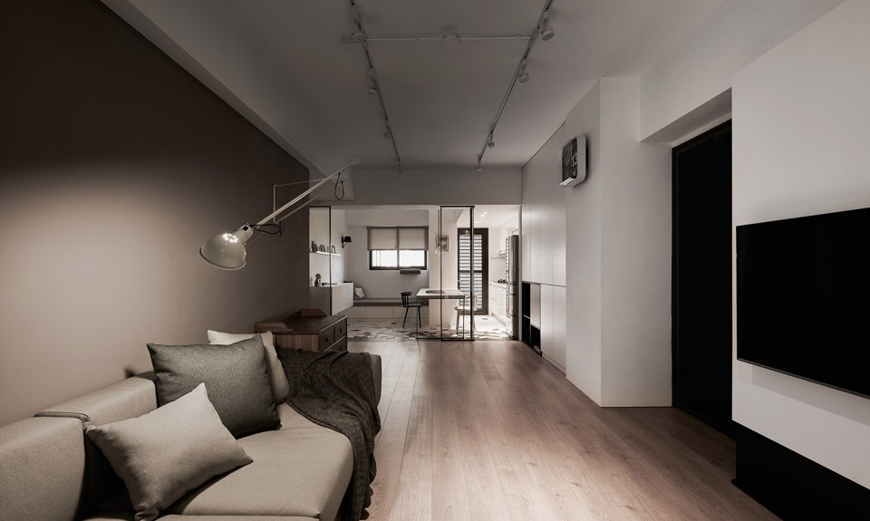 16-14-Small-Simple-Elegant-Apartment-Taichung-by-Z-AXIS--960x575