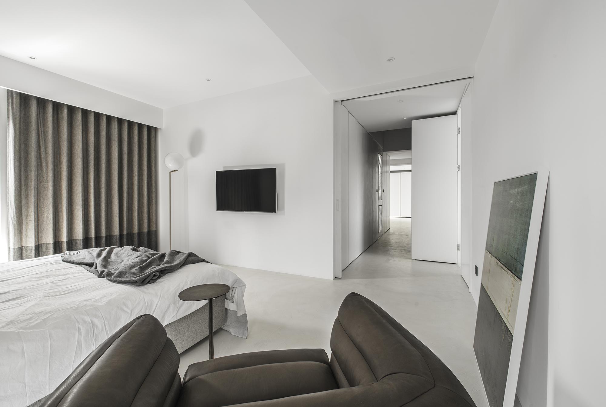 45, 3F Main Bedroom
